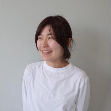 吉田 奈緒